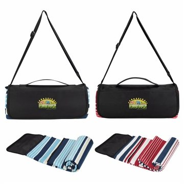 Shoulder Belt Picnic Blanket