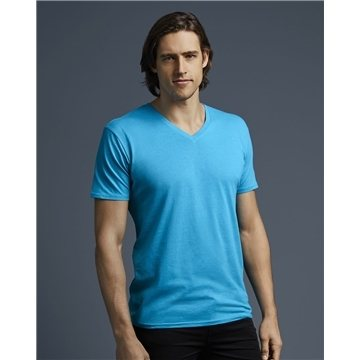 Anvil - Featherweight V-Neck Tee